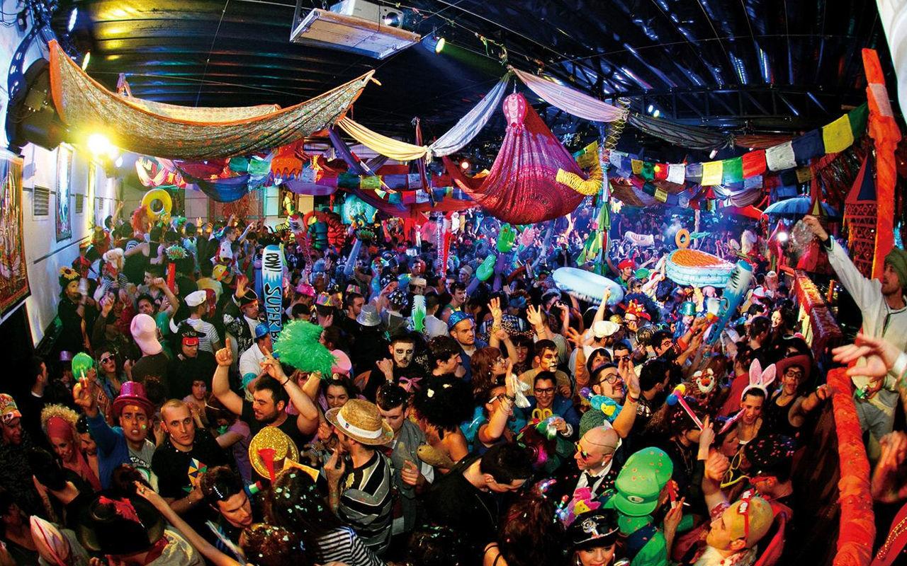 Los Premios nacionales de música electrónica, VICIOUS MUSIC AWARDS 2015, nombró como mejor fiesta a...