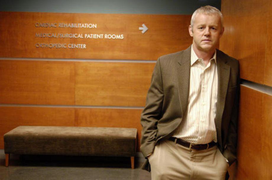 Cuando Michael Tritter demanda a House por robar medicamentos ¿Cuál es el veredicto en el juicio?