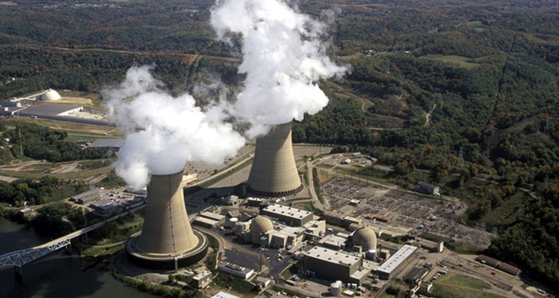 Presidente, ¡necesitamos hacer una central eléctrica para suministrar energía a las grandes industrias!