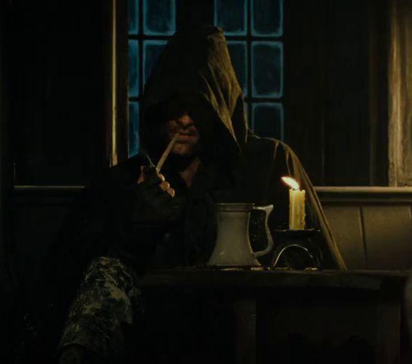 Aragorn te dice que Gandalf no vendrá, que no lo esperes. ¿Que haces?