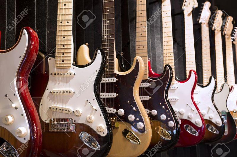 14569 - ¿Puedes reconocer qué modelo de guitarra es cada una de éstas?