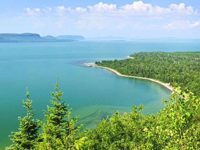 ¿Cuántos grandes lagos interceptados existen en el Norte de América?