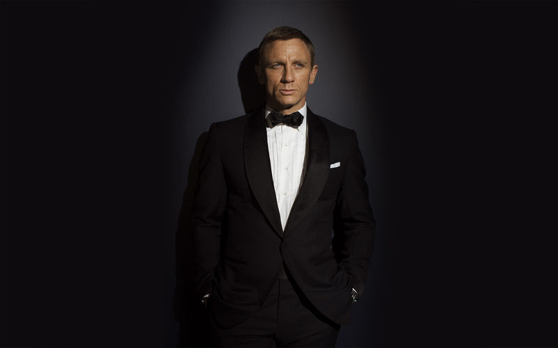 James Bond. Actual: Daniel Craig.