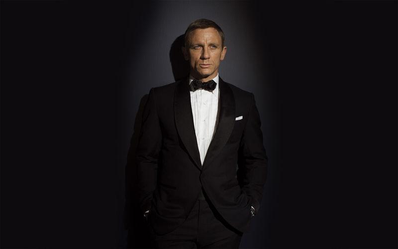 James Bond. Actual: Daniel Craig.