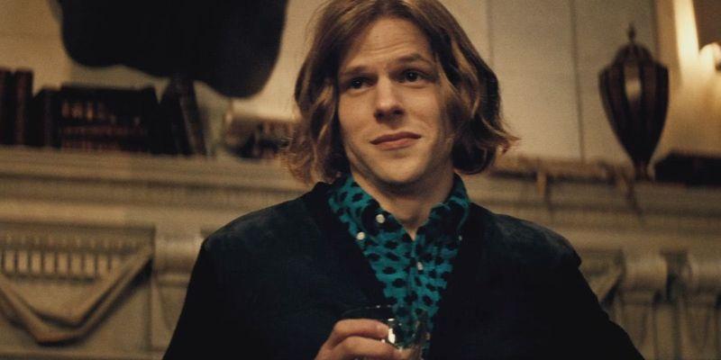 Por último, ¿qué te ha parecido Jesse Eisenberg como Lex Luthor Jr.? (Recordad que es el hijo de Lex)