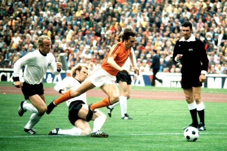 ¿Qué títulos ganó con la selección holandesa?