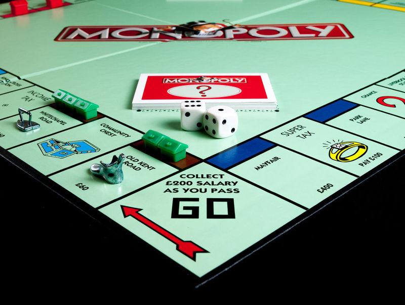 15325 - ¿Una partidita al monopoly?