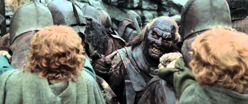 Eres Pippin con los uruk-hai. ¿Cómo, han captado la olor de Aragorn? ¡Bendita nuestra suerte Merry, tenemos que dejar un rastro!