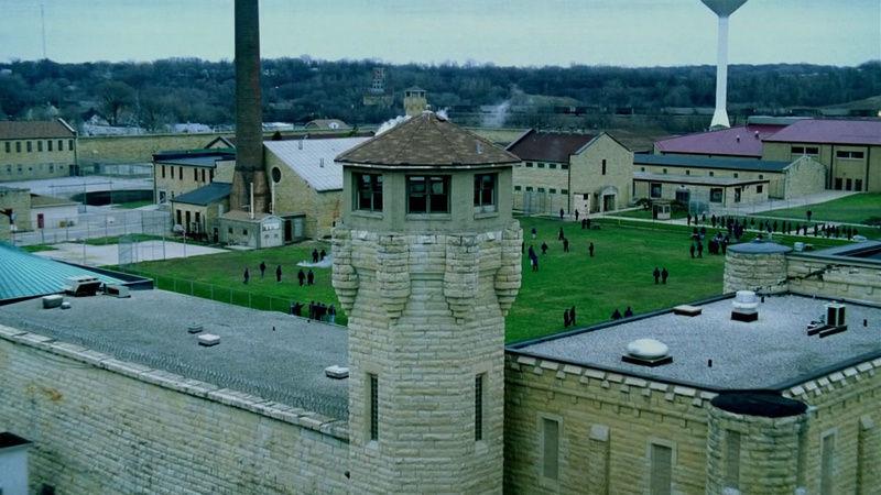 ¿Cómo se llamaba la prisión donde estaban la 1ª temporada?