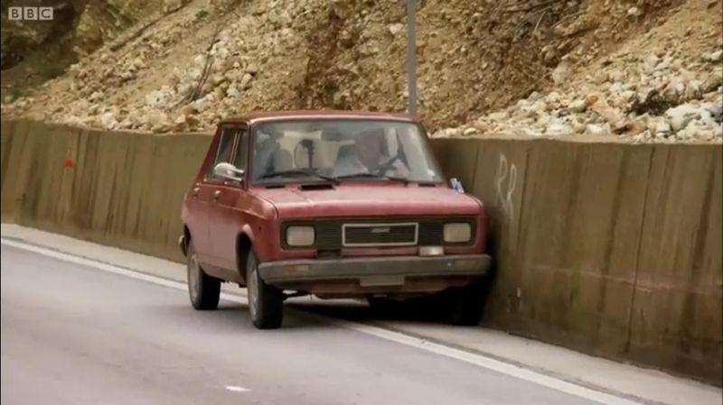 ¿Qué tres coches llevaban los presentadores en su viaje a Albania?