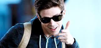 ¿Quién interpreta al personaje Barry Allen en la vida real?
