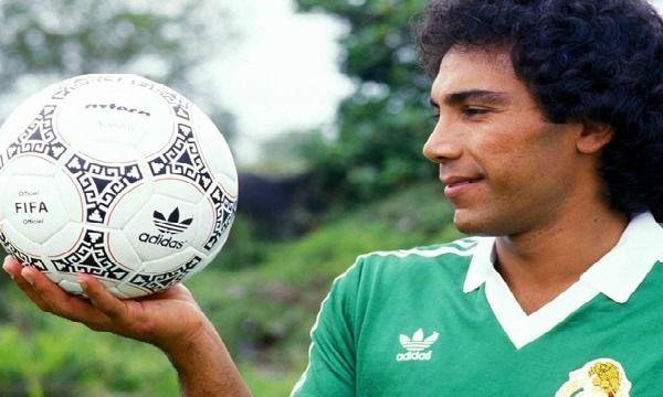 ¿En qué club se retiró Hugo Sánchez?