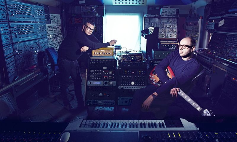 The Chemical Brothers tenían como nombre...