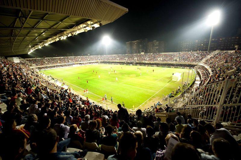 16660 - Estadios españoles y sus equipos (II)