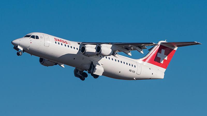 Vamos con uno pequeño. ¿Sabes cuál es este pequeño avión?