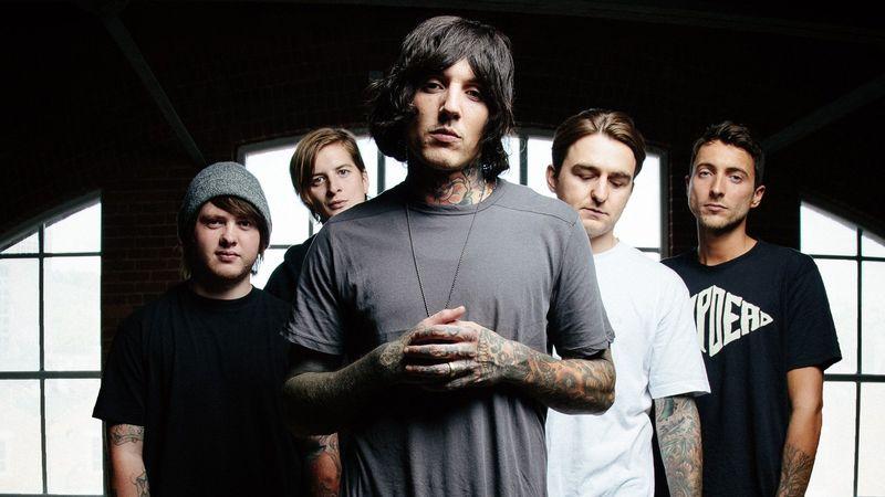 La más complicada, ¿Qué miembro de la banda participó en una gira de Bring Me The Horizon?