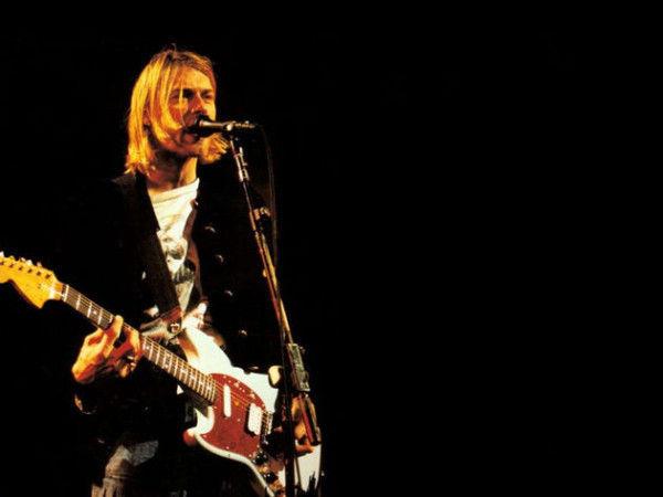 ¿Cómo se llamaba la guitarra favorita de Kurt cobain?