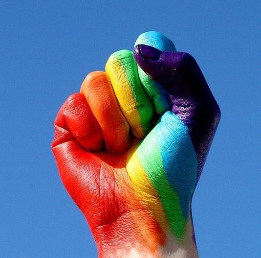 Cuarto dilema: Los derechos de los gays.