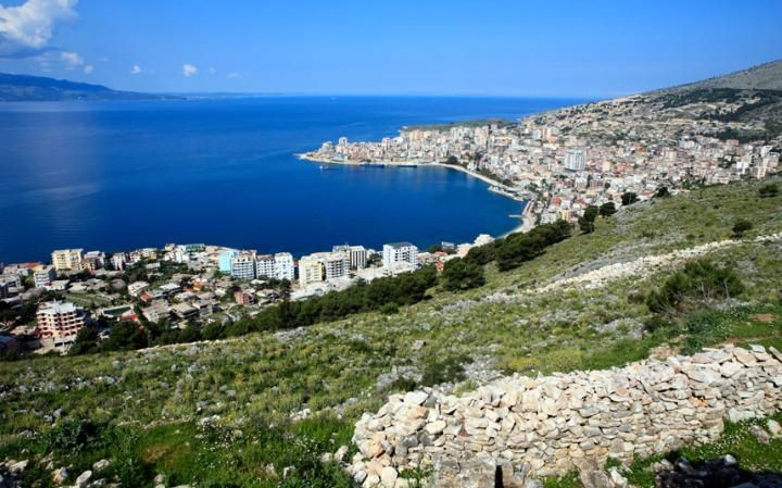 Capital de Albania.