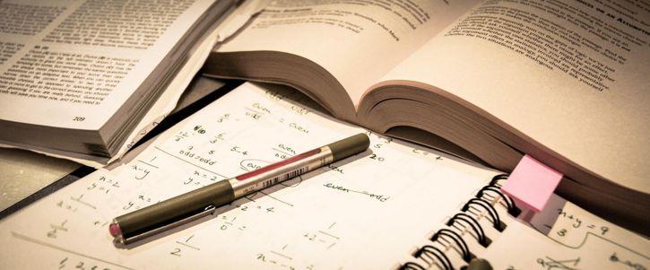 ¿Podrías vivir sin: Estudios?