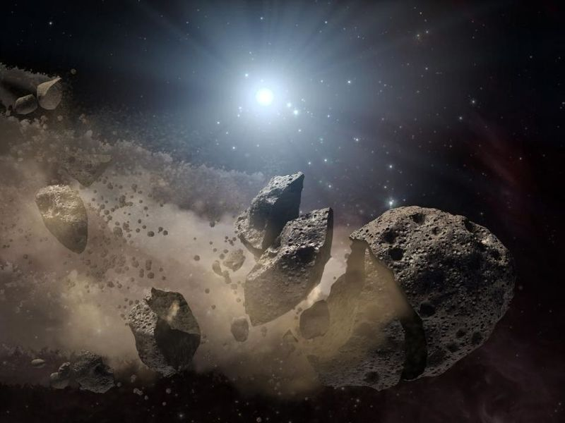 ¿Cuál de estos materiales es más común en la composición de los asteroides?