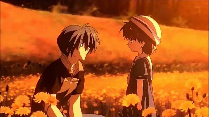 ¿A quién se encuentra Okazaki en su viaje en tren con Ushio?