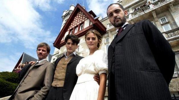 ¿Cuál es la verdadera identidad de Diego Murquía (director del Gran Hotel y marido de Alicia)?