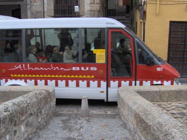 ¿Qué es la Alhambra de Granada?