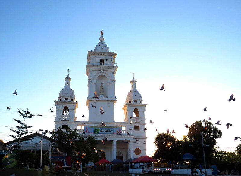 Vamos a Zacatecoluca y despues desplazamos a Asia, ¿Sabes dónde se sitúa esta dicha ciudad?