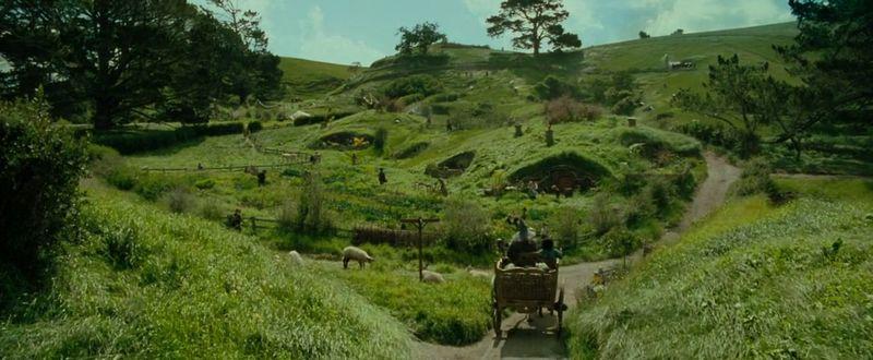 Según el calculo de la Comarca, ¿en qué fecha sale Frodo de Bolson Cerrado?