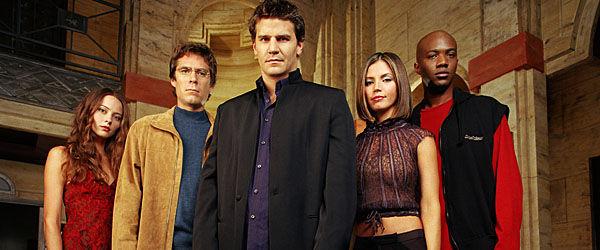 Siguiendo con Buffy, ¿Cómo se llamó el Spin Off de Buffy cazavamprios?