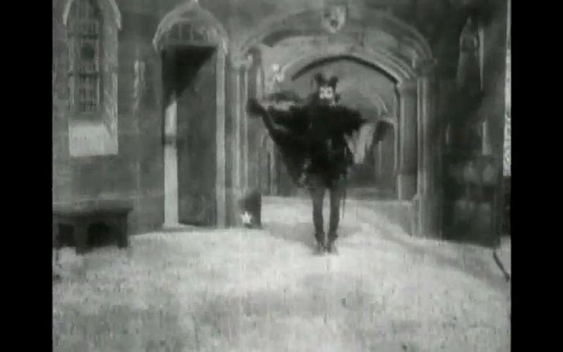 Ahora una difícil, ¿Cual fue la primera película de vampiros de la historia?
