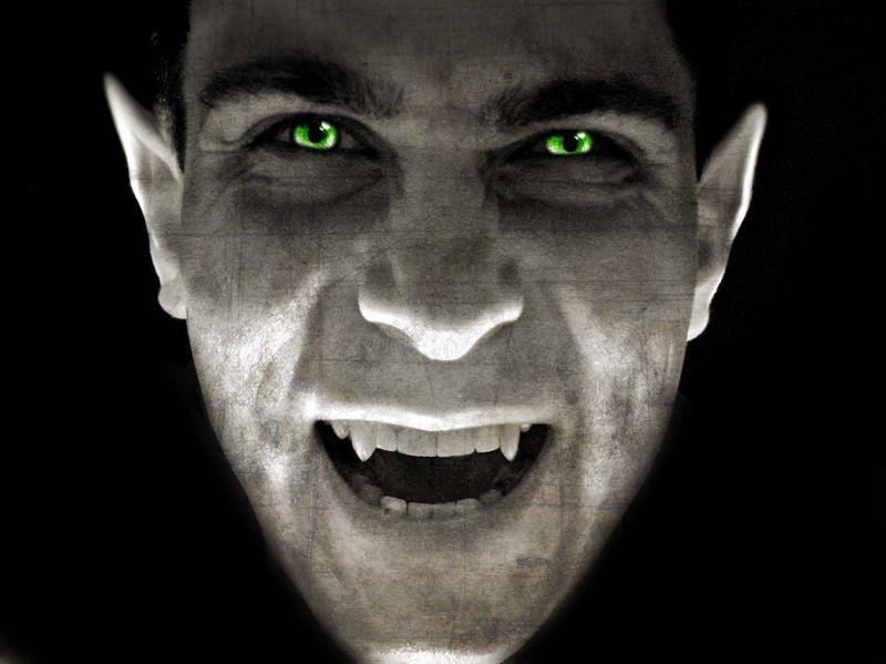 ¿Según el folclore rumano tenías muchas posibilídades de convertirte en vampiro o  strigoi si...?