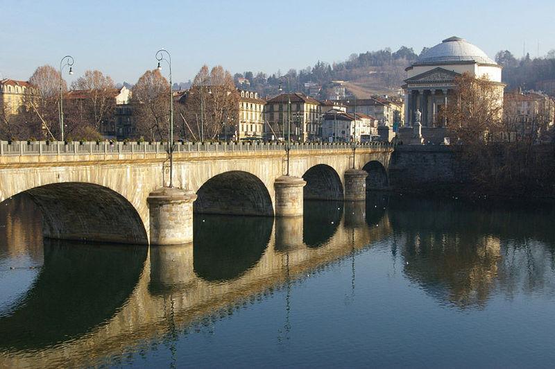 ¿ Cuál es el río más largo en Italia ?