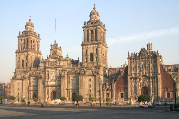 ¿Cuál es la catedral de la siguiente imagen?
