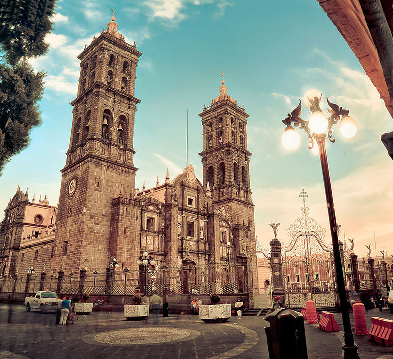 ¿Cual es la catedral de la siguiente imagen?