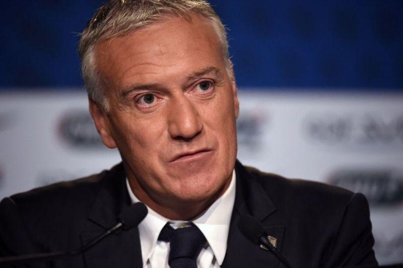 Este hombre es el seleccionador francés, ¿Cómo se llama?