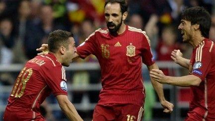 ¿Cuál de los siguientes jugadores convocados con España no juega en la Liga BBVA