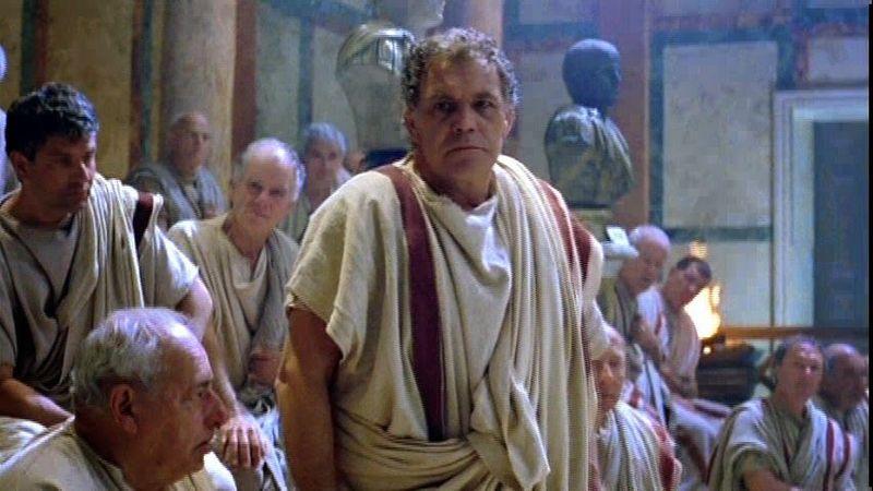 ¿Cuál de estos es una figura sacro-santa (no puede dormir fuera de los muros de Roma) durante la República?