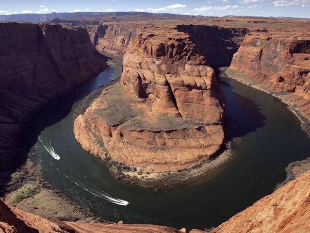 El Cañón del Colorado está en el estado norteamericano de..