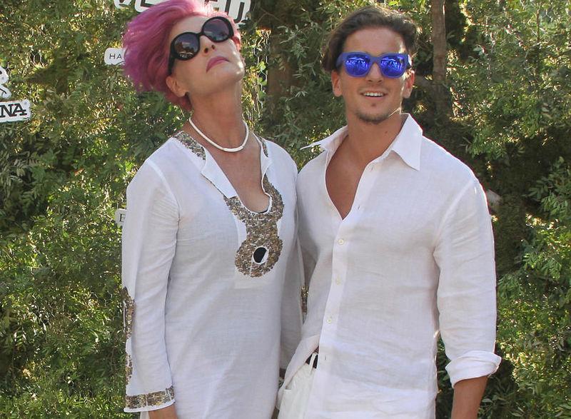 ¿Es la pareja de Antonia Dell´Atte o es su hijo?