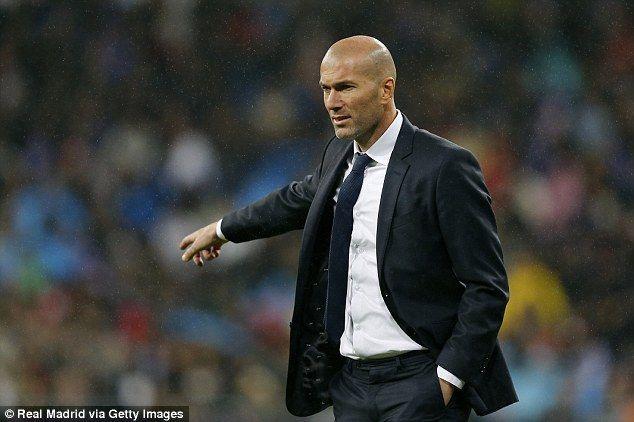 ¿Quién comenzó la liga como entrenador del Real Madrid?
