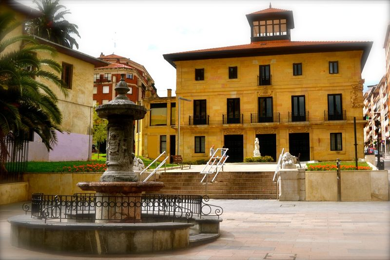 El nombre de Santurtzi deriva del latín...