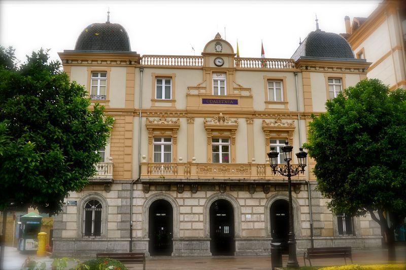 ¿Quién está al frente del ayuntamiento de Santurtzi?