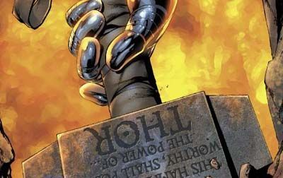 Además de Thor, ¿Qué otro personaje es capaz de levantar el Mjolnir en las Secret Wars?