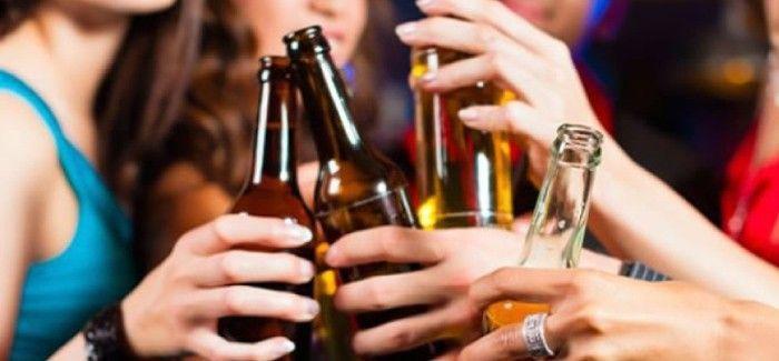 ¿Normalmente cuando bebes, consumes distintas bebidas alcohólicas o prefieres no mezclar?