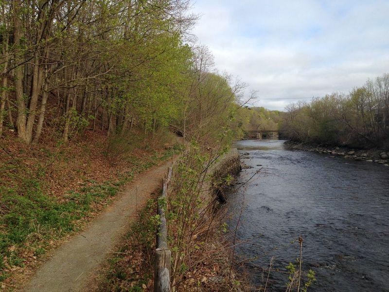¿Cómo se llama el río de Derry?