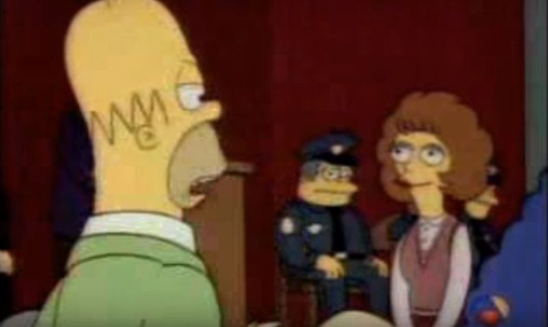 Mod Flanders: ¿No se podría contratar a unos bomberos para que apaguen de una vez ese incendio que hay al este de la ciudad?