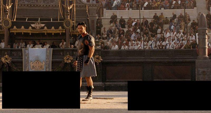 ¿Qué hay a cada lado de Máximo en Gladiator?
