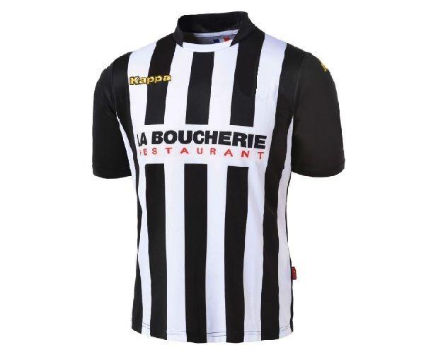 Primera equipación de un club francés